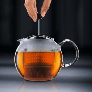 Veggie Meals - Bodum Assam Tea press 1.0 litre Stainless filter black plastic lid