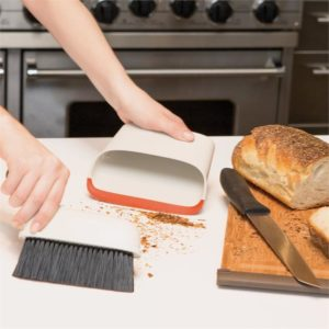 Veggie Meals - OXO Good Grips Compact Dustpan and Brush Set